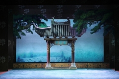 8_The-traditional-Peking-Opera-The-Lucky-Purse_production-photo
